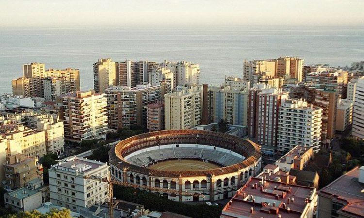 800px-Malaga_Arena2004